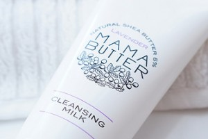 ママバター クレンジング ラベンダーのとっても良い香りで癒されます♪